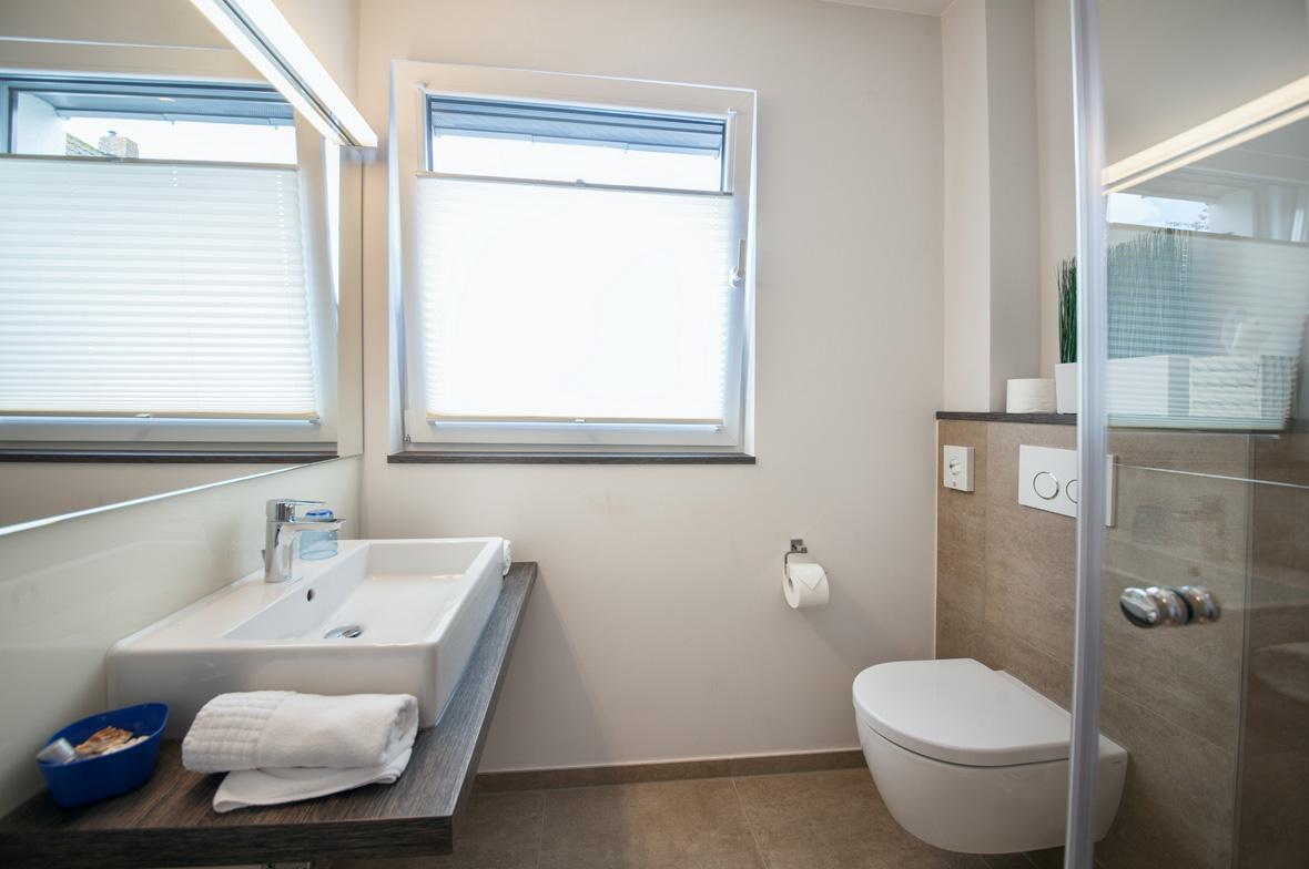 einblicke ins g stehaus strandhotel dangast. Black Bedroom Furniture Sets. Home Design Ideas
